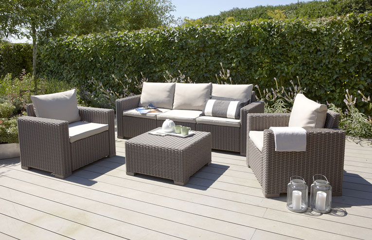 Salon de jardin pas cher quelles sont les meilleures for Salon jardin petite terrasse